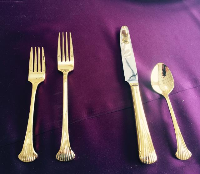 Where to find AZTEC GOLD DINNER FORK in Tampa